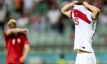 Τρεις ήττες σε ισάριθμα ματς, 1-8 τα τέρματα. Εικόνα απάθειας και παραίτησης. Η Τουρκία εκτέθηκε άσχημα σε αυτό το Euro.