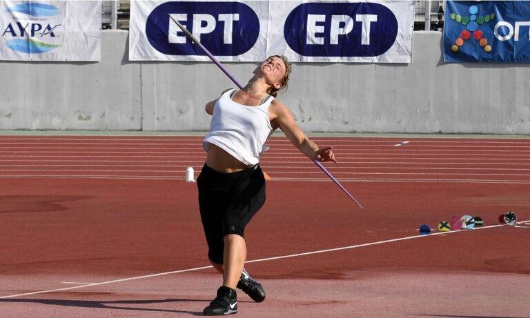 Πανελλήνιο 2021: Η Ελίνα Τζένγκο άρχισε να ρίχνει μέτρα!