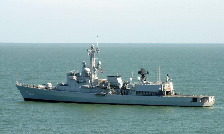 Φρεγάτες: Και όμως υπάρχει σενάριο για μόνο πλοία ενδιάμεσης λύσης
