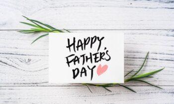 Σαν Σήμερα: H Παγκόσμια Ημέρα του Πατέρα γιορτάζεται κάθε τρίτη Κυριακή του Ιουνίου.