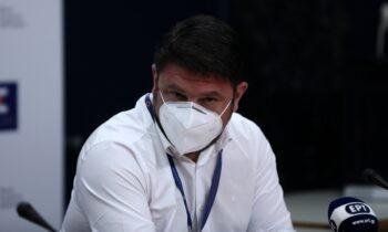 Κορονοϊός - Άρση Μέτρων: Μη χρήση μάσκας σε εξωτερικούς χώρους σε εξωτερικούς χώρους που δεν υπάρχει συνωστισμός και την άρση της απαγόρευσης κυκλοφορίας. Στις 18:00 οι ανακοινώσεις από τον Νίκο Χαρδαλιά.