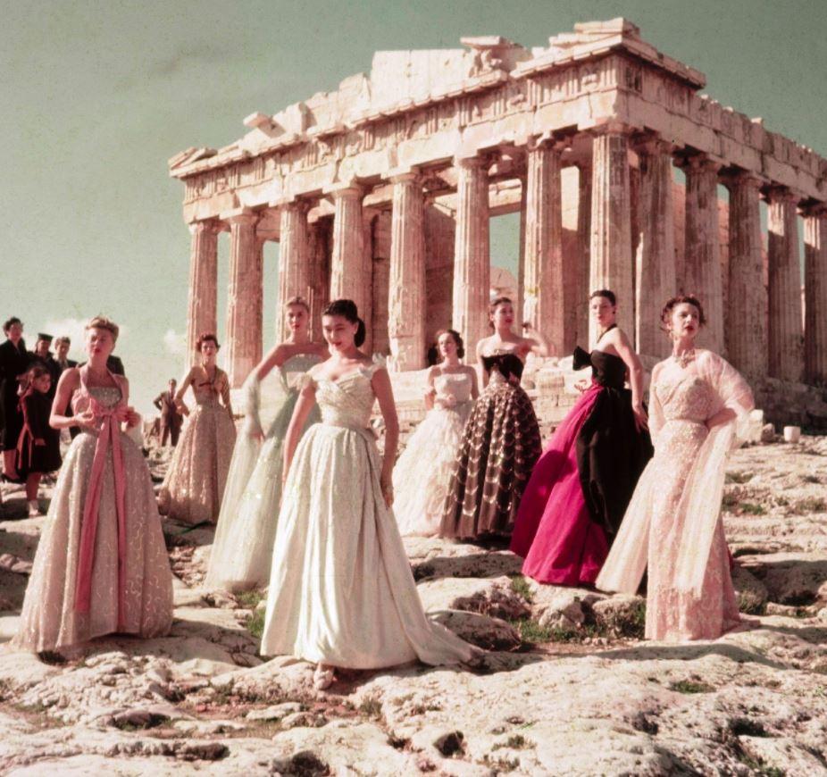 Από την Ακρόπολη ξεκινά τη Δευτέρα 14 Ιουνίου, η φωτογράφιση του οίκου Dior, με τίτλο «Dior celebrates Greece» που είναι αφιερωμένη στα 200 χρόνια από την Ελληνική Επανάσταση του 1821.