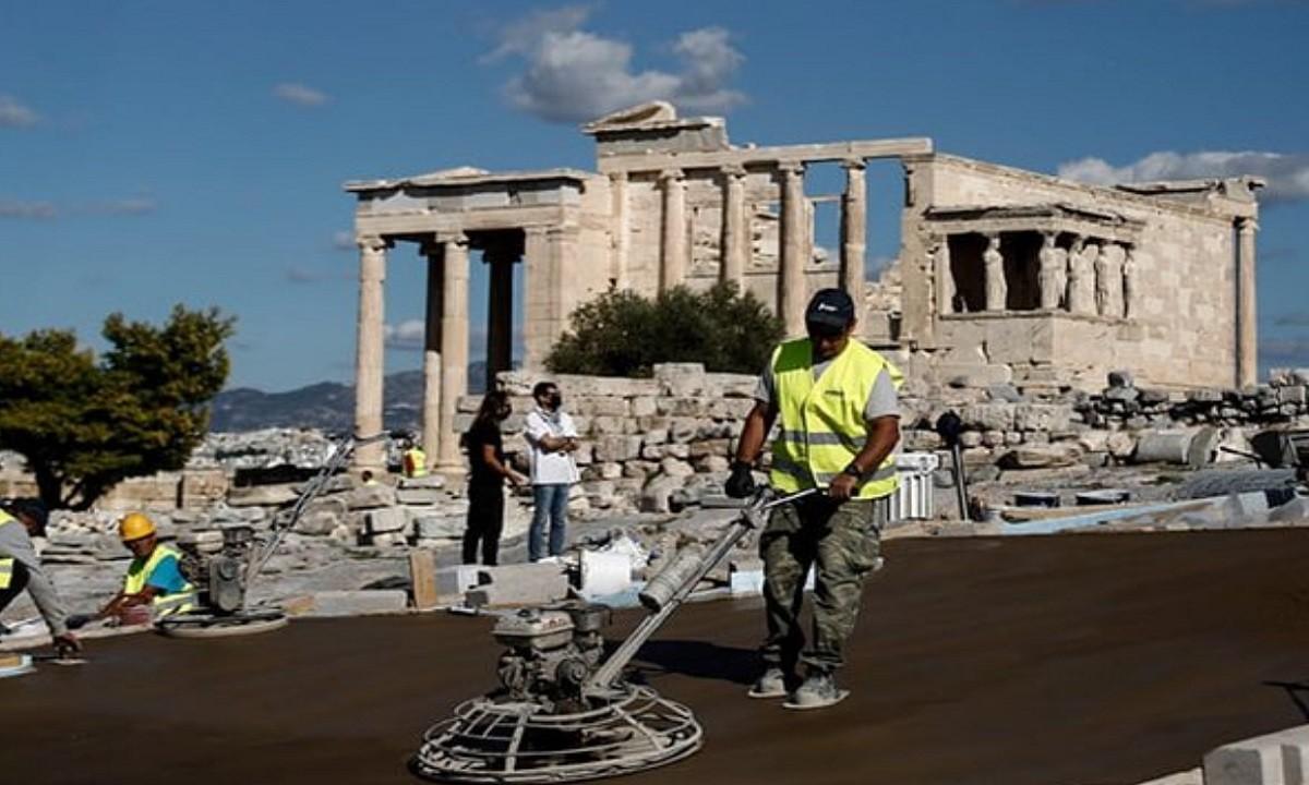 Ελληνοτουρκικά: Διαμαρτύρονται οι Τούρκοι για το τσιμέντο στην Ακρόπολη