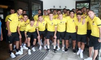 Η αποστολή της ΑΕΚ επιστρέφει σήμερα από την Πορταριά, όπου πραγματοποίησε το πρώτο στάδιο της προετοιμασίας της.