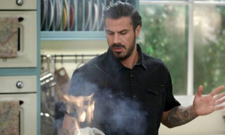 Άκης Πετρετζίκης: Το ιδιαίτερο μήνυμα…μαγειρικής για την γιορτή του πατέρα!