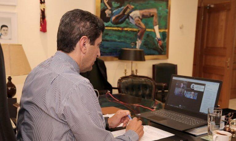 «Κλείδωσε» η αναδιάρθρωση: Ο Αυγενάκης ενημερώνει τις ΠΑΕ των Super League 2 και Football League
