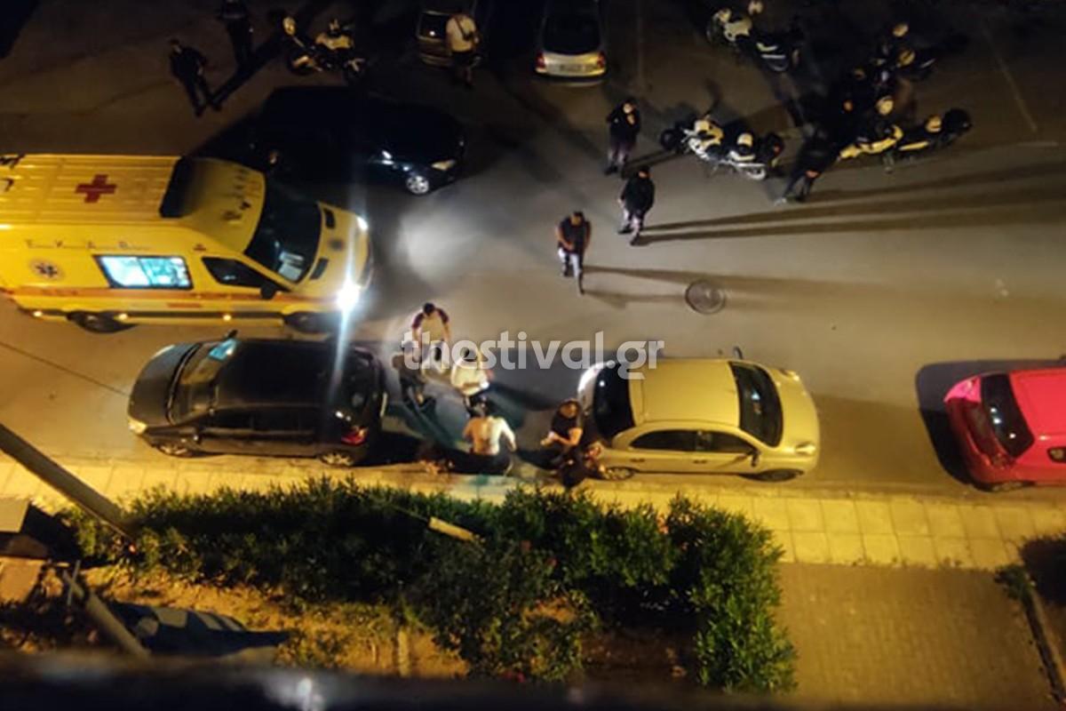 Η οπαδική βία στη Θεσσαλονίκη δε λέει να κοπάσει. Νέο άγριο επεισόδιο σημειώθηκε λίγη ώρα μετά τα μεσάνυχτα της Κυριακής στην Ν. Ευκαρπία.