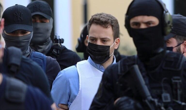 Έγκλημα στα Γλυκά Νερά: Ο 33χρονος συζυγοκτόνος μέσα από τις φυλακές Κορυδαλλού και δίνει τις δικές του απαντήσεις στα όσα διαδραματίστηκαν από την στιγμή που κρίθηκε προφυλακιστέος.