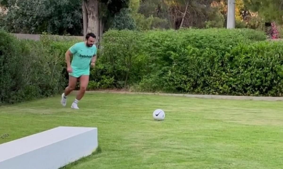 Άρης – Καρυπίδης: Έπαιξε μπάλα με τον γιό του και πέτυχε γκολάρα! (vid)