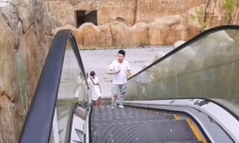 Κινέζος έμεινε 2 ώρες σε κυλιόμενες σκάλες επειδή είχαν σταματήσει!
