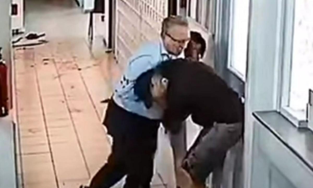 Επίθεση με τσεκούρι: Απολογία θρίλερ από τον δράστη