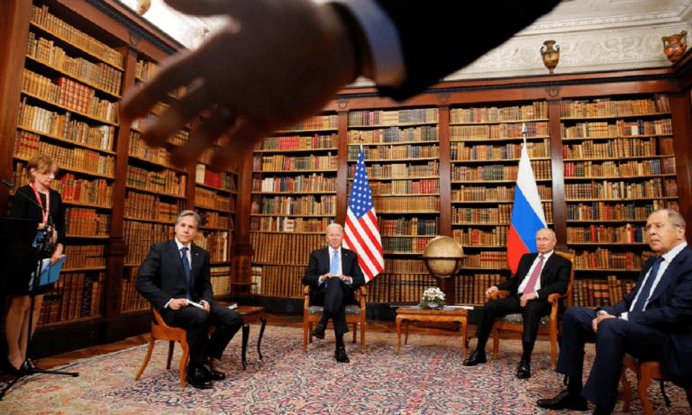 H πρώτη συνάντηση κορυφής Μπάιντεν-Πούτιν (vids)