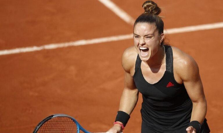 Μαρία Σάκκαρη – Ίγκα Σφιόντεκ 2-0 σετ: «Μυθική» Σάκκαρη «πέταξε» στους «4» του Roland Garros