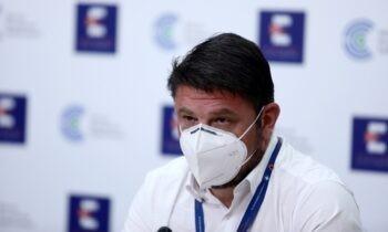 Νέα μέτρα: Ο Νίκος Χαρδαλιάς ανακοίνωσε τις εισηγήσεις της επιτροπής των λοιμωξιολόγων και τις τελικές αποφάσεις της κυβέρνησης.