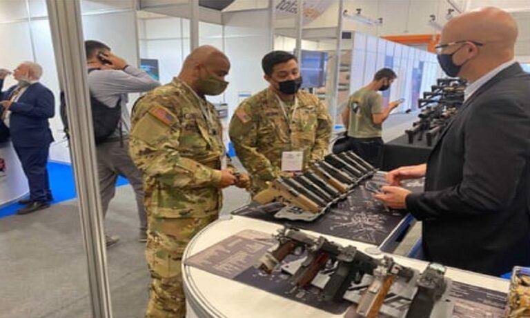 Ιδιαίτερη βάση έδωσαν εταιρίες και μεγάλοι κολοσσοί της πολεμικής βιομηχανίας στα περίπτερα τους στην έκθεση της DEFEA.