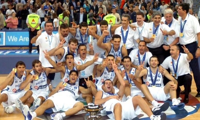 Ο Γιάννης Μπουρούσης ήταν ο προτελευταίος παραμένων από τη χρυσή Εθνική ομάδα του 2005 και πλέον μόνο ο Παναγιώτης Βασιλόπουλος έχει απομείνει να συνεχίζει σε επαγγελματικό επίπεδο.