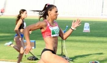 Άλλη μια καλή εμφάνιση έκανε στη σεζόν η Ανδριάνα Φέρρα, η οποία σε μίτινγκ στην Ιταλία έτρεξε τα 400μ. σε 53.33 πετυχαίνοντας φετινό ρεκόρ.