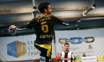 ΑΕΚ - ΠΑΟΚ: Φουλ για το τρεμπλ η «Ένωση», καθώς επικράτησε 36-27 και έκανε το 1-0 στον 1ο τελικό της Handball Premier.