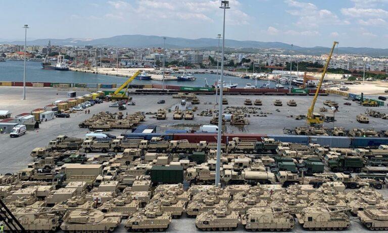 Γέμισε η Αλεξανδρούπολη αμερικανικά άρματα – «Θα σας δώσουμε 1.200 M1117», λέει ο Πάιατ
