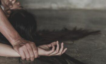 Σοκαριστική αποκάλυψη: Φυλακισμένες σε διαμερίσματα τουλάχιστον 10 νεαρές κοπέλες