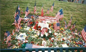 Σαν σήμερα, στις 27 Ιουλίου του 1996, η βόμβα που τοποθετεί ο Έρικ Ρόμπερτ Ρούντολφ σκορπάει τον θάνατο σε ένα από τα πλέον πολυσύχναστα σημεία της Ατλάντα, το «Πάρκο της Εκατονταετίας».