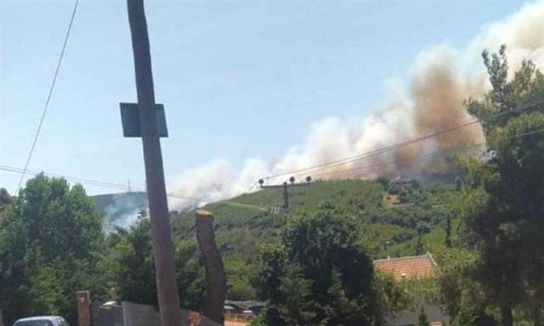 Φωτιά σε Βαρνάβα και Ελευσίνα- Πού υπάρχει διακοπή κυκλοφορίας