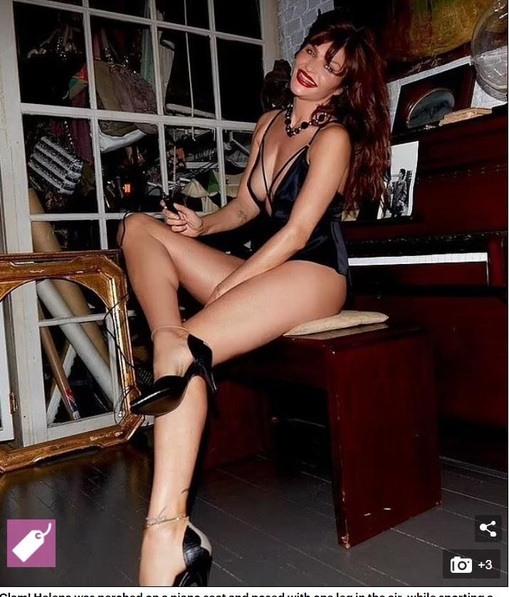 Σχεδόν αναλλοίωτη στον χρόνο παραμένει η Έλενα Κρίστενσεν, ένα από τα Super model που διέπρεψαν στις πασαρέλες της παγκόσμιας μόδας, κατά τη δεκαετία του '90.