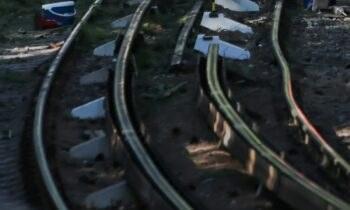 Καύσωνας: Η σιδηροδρομική συγκοινωνία στην Αττική αντιμετώπισε προβλήματα εξαιτίας των πολύ υψηλών θερμοκρασιών των τελευταίων ημερών.