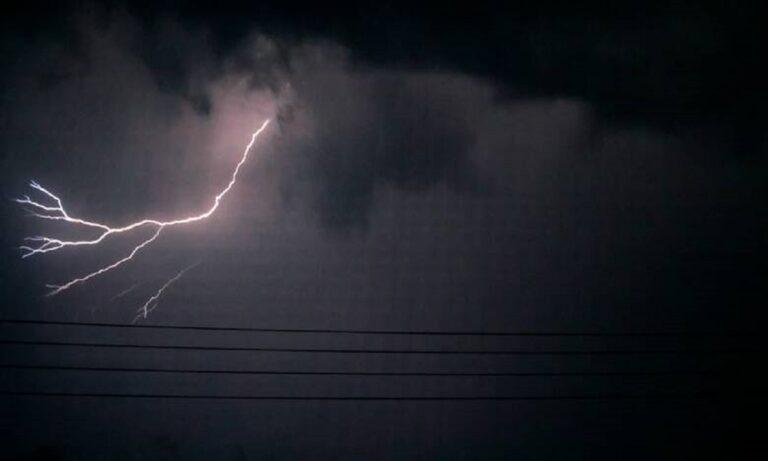 Καιρός 18/7: 5000 κεραυνοί και σημαντικά ύψη βροχής