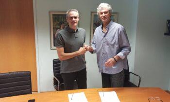 Στη Θεσσαλονίκη προκειμένου να υπογράψει συμβόλαιο με την ΚΑΕ Άρης βρίσκεται από σήμερα (Τετάρτη (21/7) ο Γιάννης Καστρίτης.