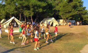 Κορονοϊός: Συναγερμός για 16 κρούσματα σε παιδική κατασκήνωση στην Καβάλα