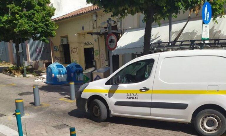 Λάρισα: Η δημοτική αστυνομία έγραψε όχημα της… δημοτικής αστυνομίας