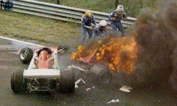 Σαν σήμερα το 1976, τραυματίζεται σοβαρά ο Αυστριακός οδηγός της Φόρμουλα 1, Νίκι Λάουντα στην πίστα του Νίρμπουργκρινγκ.
