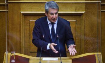 Ο Ανδρέας Λοβέρδος ευχαρίστησε τον βουλευτή Δημήτρη Κωνσταντόπουλο για τη δημόσια στήριξη. Ο βουλευτής του Β1' Βορείου Τομέα Αθηνών