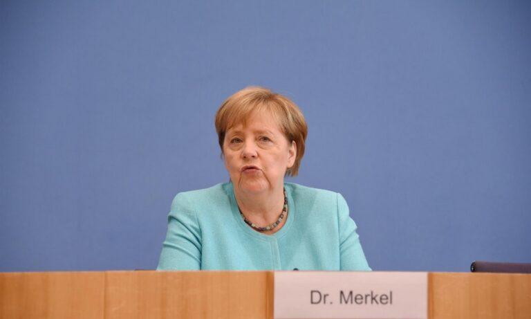 Μέρκελ: «Οπισθοδρόμηση» η στάση Ερντογάν για Κυπριακό