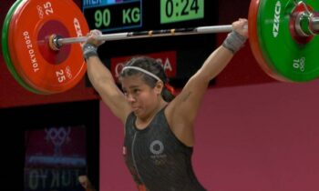 Ολυμπιακοί Αγώνες 2020: Αρσιβαρίστρια από το Μεξικό«χτύπησε» στο χέρι της τη λέξη«έρχομαι», στέλνοντας ξεκάθαρο μήνυμα στις αντιπάλους της.