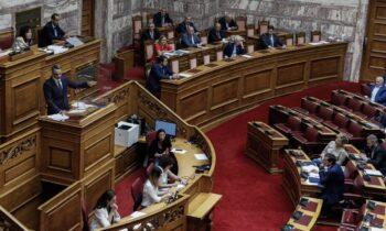 Υποχρεωτικός εμβολιασμός: Σήμερα αναμένεται να συζητηθεί στη Βουλή η τροπολογία αναφορικά με την υποχρεωτικότητα των εμβολιασμών.