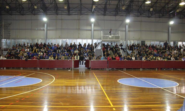 Είναι σωστό να βλέπεις άλλα γήπεδα μπάσκετ… sold out και με τον έναν πάνω στον άλλον και άλλα άδεια ενώ υπάρχει πολύς χώρος;