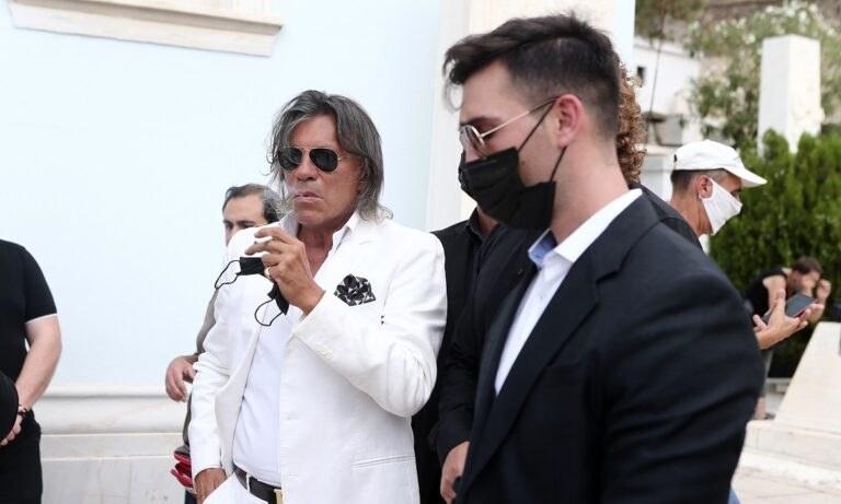 Τόλης Βοσκόπουλος: Γιατί φορούσε λευκά ο Ηλίας Ψινάκης στην κηδεία του