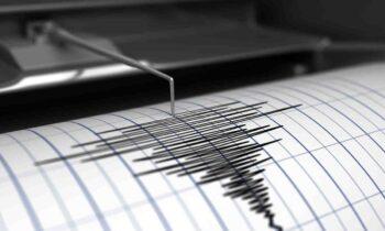 Ο καθηγητής Φυσικής της Λιθόσφαιρας και Σεισμολογίας του ΑΠΘ έκανε λόγο για ρήγματα τα οποία μπορεί να δώσουν ισχυρό σεισμό στην Κρήτη, μεγαλύτερο των 5 Ρίχτερ.