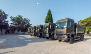 Ένοπλες Δυνάμεις: Νέα οχήματα παρέλαβε ο ελληνικός Στρατός Ξηράς, όπως ανακοίνωσε ο εκπρόσωπος τύπου του Γενικού Επιτελείου Στρατού (ΓΕΣ).