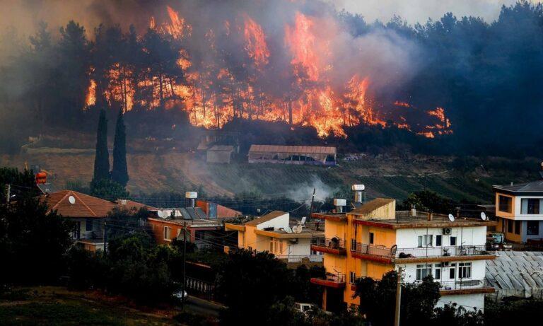 Τουρκία – Φωτιές: Η Ελλάδα στέλνει βοήθεια