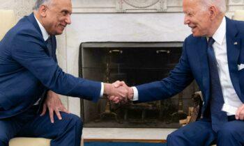 ΗΠΑ: Οι Τζο Μπάιντεν και Μουσταφά αλ Καντίμι σφράγισαν τη συμφωνία που θα τερματιστεί η «αποστολή μάχης» στο Ιράκ μέχρι τα τέλη του 2021.