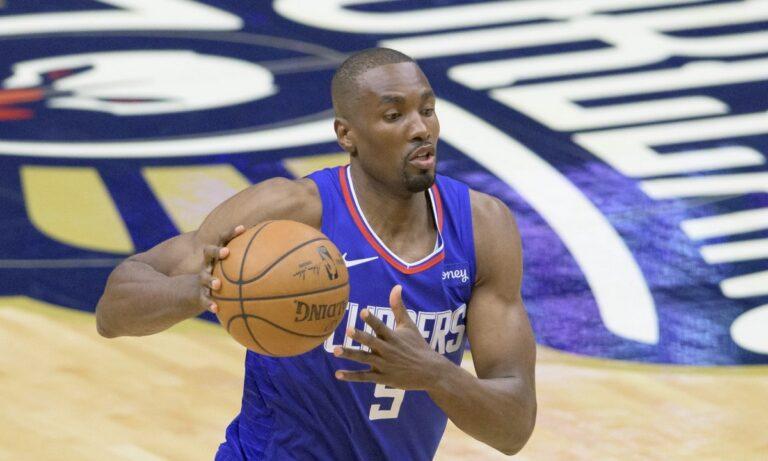 NBA: Έριξε… άγκυρα στο Λος Άντζελες ο Ιμπάκα