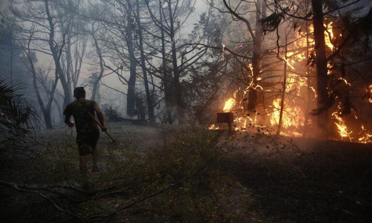 Οργισμένοι κάτοικοι στην Εύβοια: «Είχαν αποφασίσει να σβήσει η φωτιά στο Αιγαίο – Αυτό είναι το επιτελικό κράτος του Κ. Μητσοτάκη»