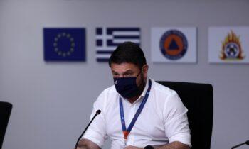 Ανακοινώσεις αναφορικά με την εξέλιξη των πυρκαγιών σε όλη την επικράτεια πραγματοποίησε ο υφυπουργός Πολιτικής Προστασίας και Διαχείρισης Κρίσεων Νίκος Χαρδαλιάς.