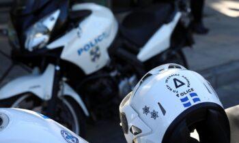 Αιγάλεω: Για επιθέσεις εναντίον γυναικών, σε βάρος των οποίων προέβη σε άσεμνες χειρονομίες, κατηγορείται 18χρονος, ελληνικής υπηκοότητας.