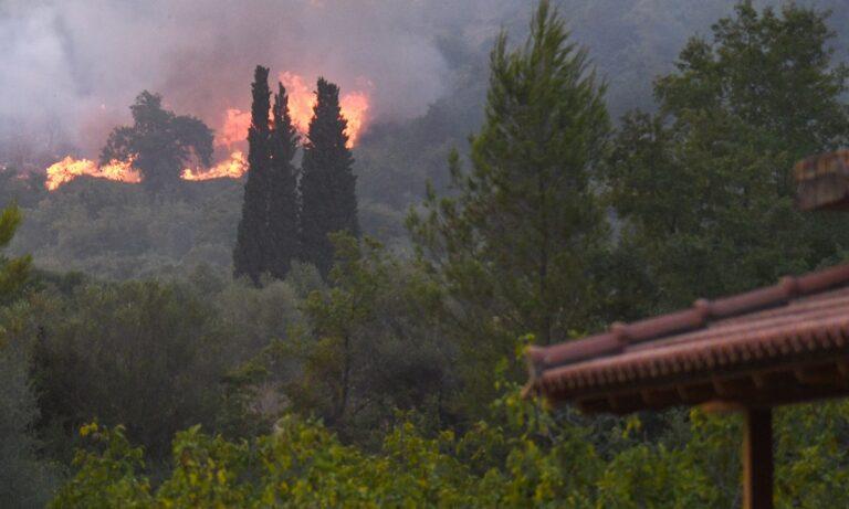Φωτιά στην Ηλεία: Τρία πύρινα μέτωπα σε εξέλιξη