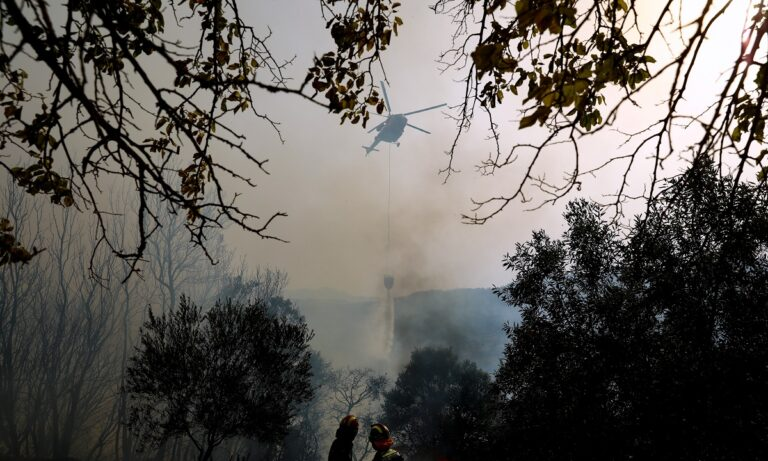 Φωτιά – Ηλεία: Καταγγελίες δημάρχων και κατοίκων για τις φωτιές