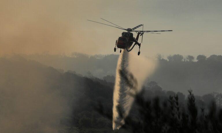 Πυρκαγιά: Κάηκαν πάνω από 20 σπίτια στη Ζήρια